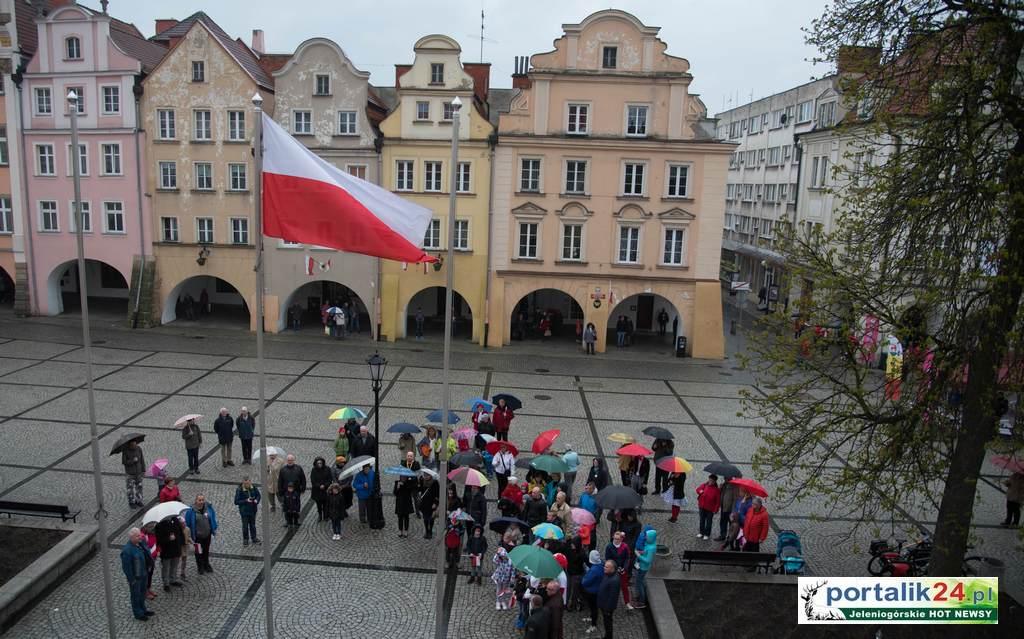 Tak mieszkańcy obchodzili Święto Flagi…