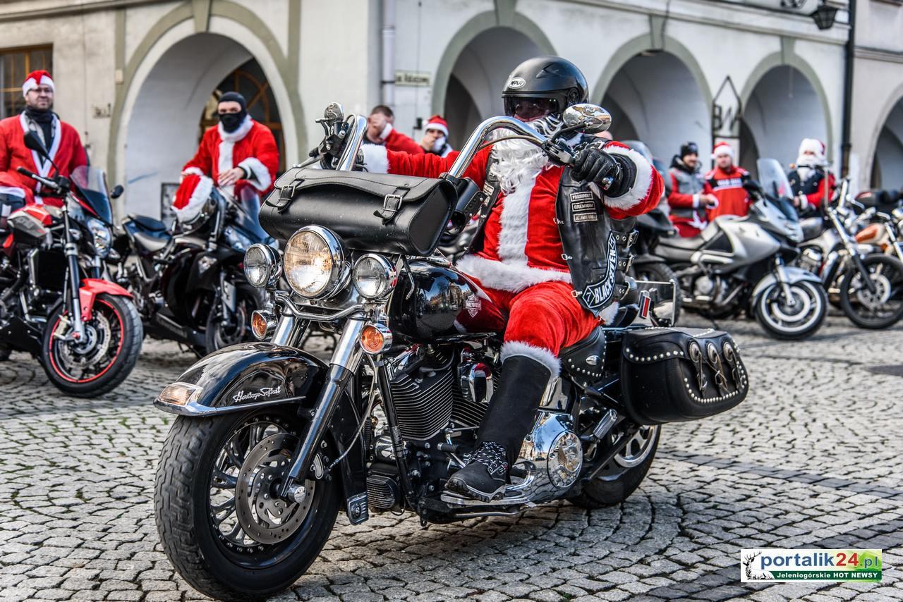 Moto Mikołaje na Placu Ratuszowym