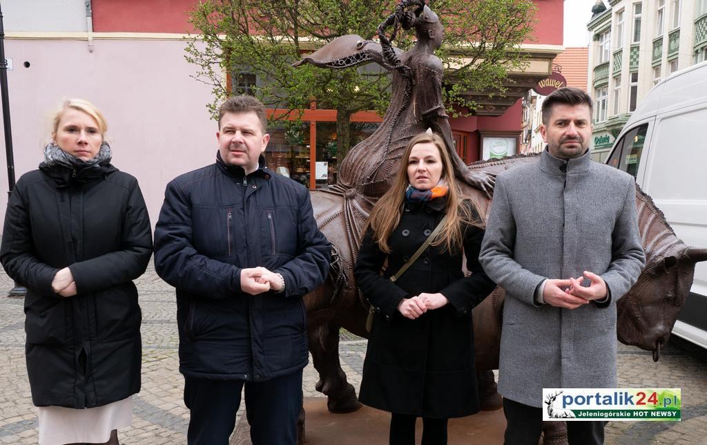 Dr Natalia Zatka i dr Krzysztof Śmiszek o Wiośnie dla Jeleniej Góry Kandydaci do Europarlamentu