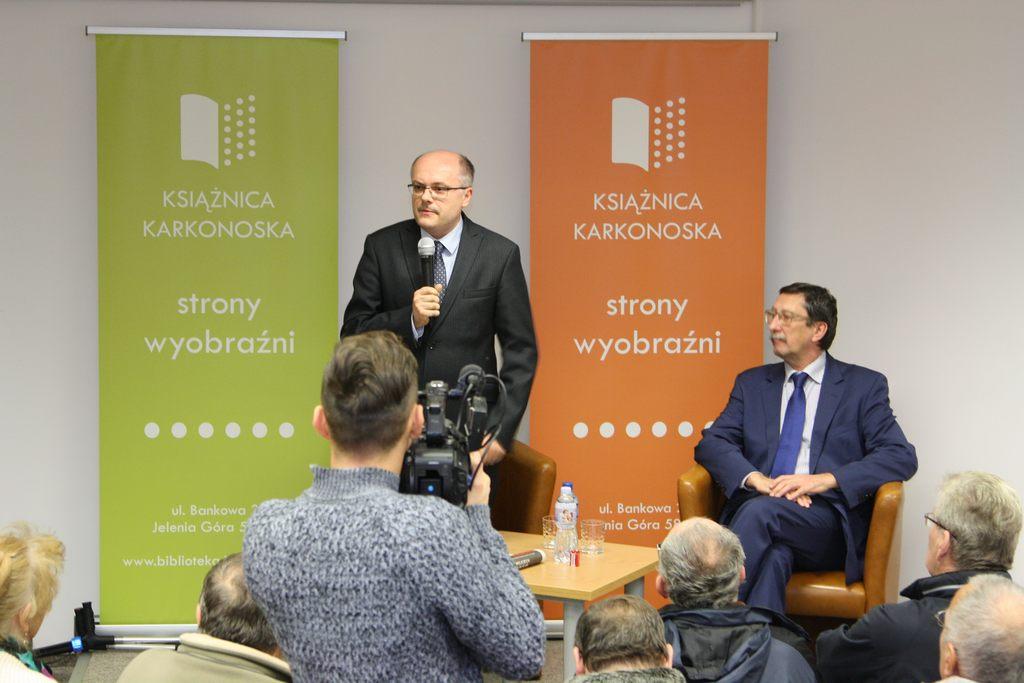 Spotkanie z prof. Janem Żarynem